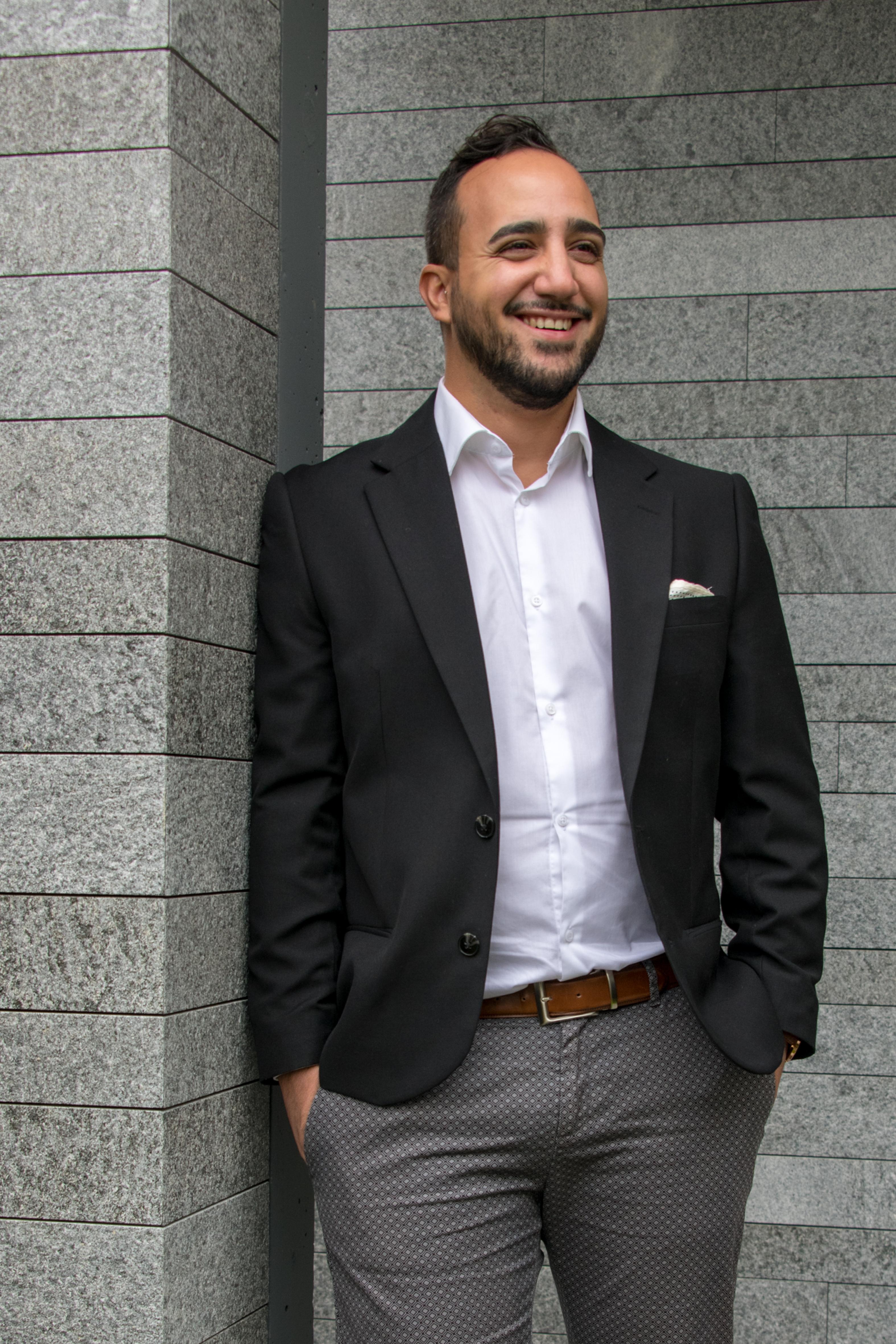 Portrait von Ilario Massaro, Geschäftsführer IM Studio AG, Interior Designer und Innenarchitekt